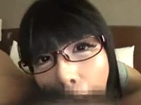 黒髪眼鏡の男の娘に深々とペニスを咥えられて口内射精してみたい